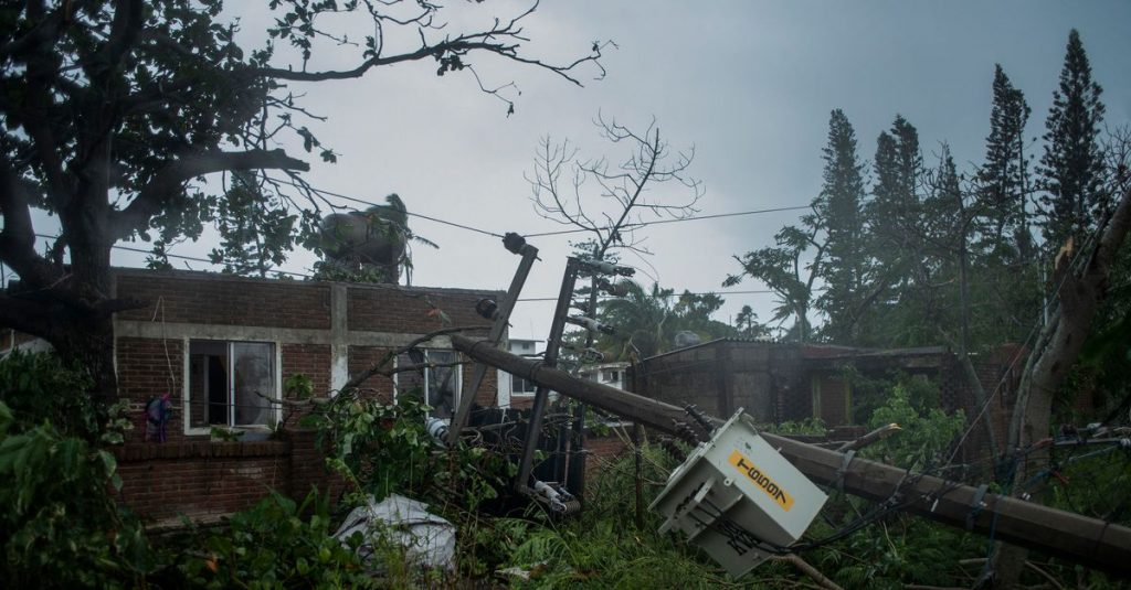 At least eight people have been killed in Hurricane Grace in Mexico, USA