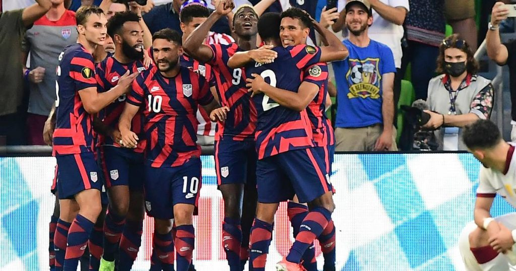 Foreign football that advanced to the finals of the Gold Cup of the United States and Mexico
