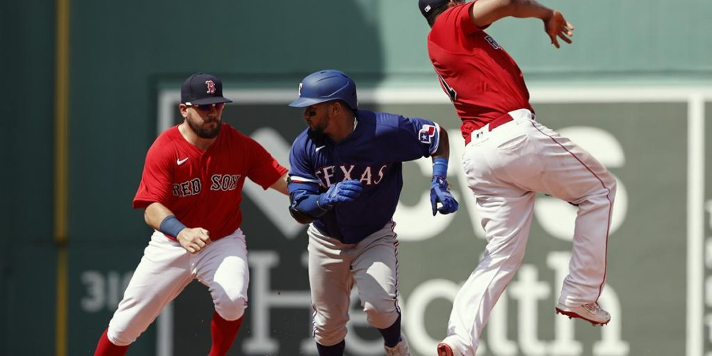 Kyle Schwarber completes wild double play at Red Sox Rangers