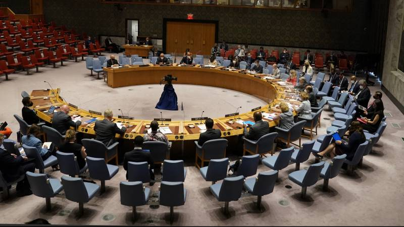Security Council passes resolution to allow people to leave Afghanistan safely