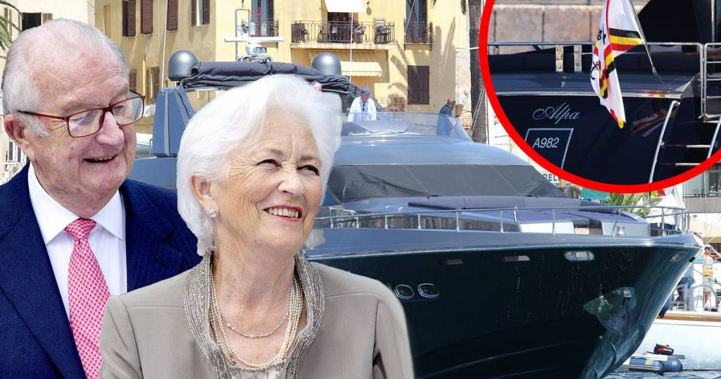 Super Deluxe Yacht for the Belgian King for sale at 1.95 million euros |  show