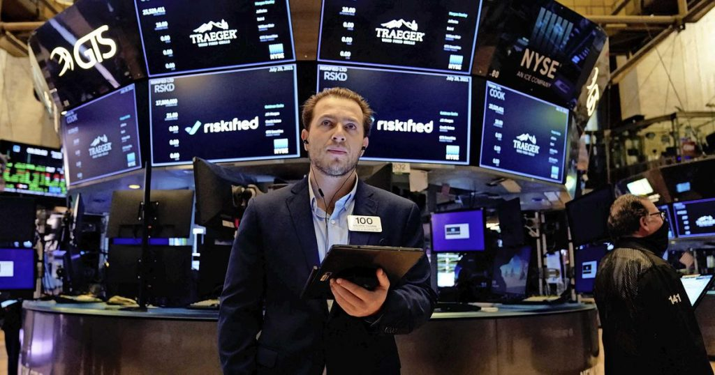 Weather records in US stock markets    Financial issues