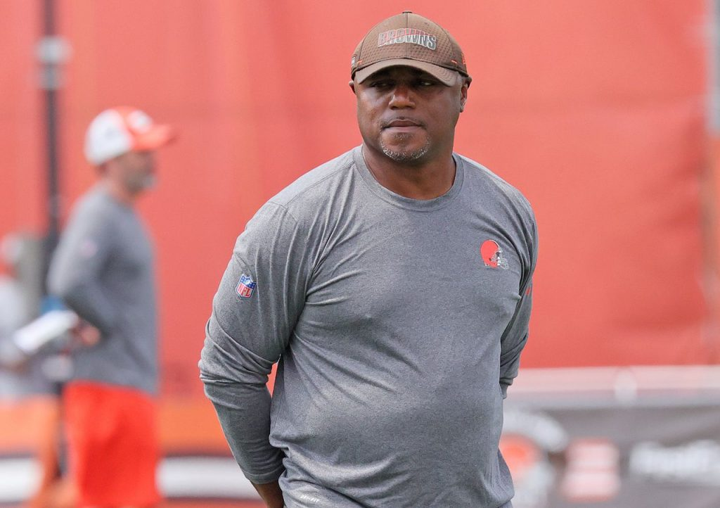 How do you see Joe Woods?  What about Baker Mayfield?  Brown Doodles by Terry Pluto