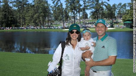 Sergio Garcia poses with Angela and daughter Azalea during the Par 3 Pre-Masters competition in 2019.