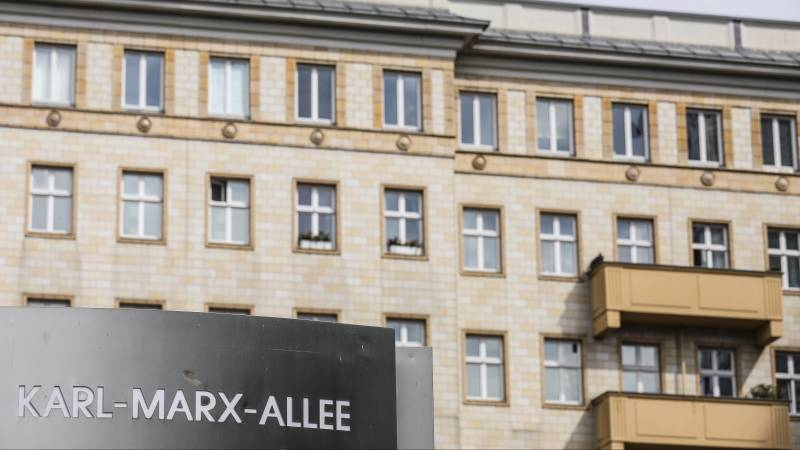 Berliners vote in a referendum to expropriate big real estate companies