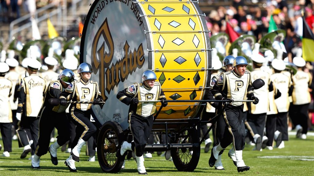 Bordeaux will display a giant drum for the band outside Notre Dame stadium