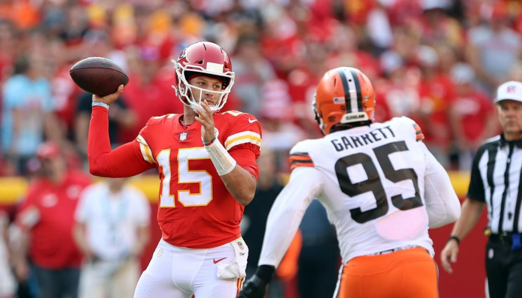 Brown's defensive scores vs. the Chiefs: Who was elite, average and replaceable?
