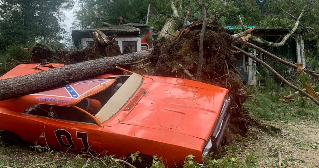 'General Lee' by the Dukes of Hazzard protagonist was badly damaged by the hurricane    the cars
