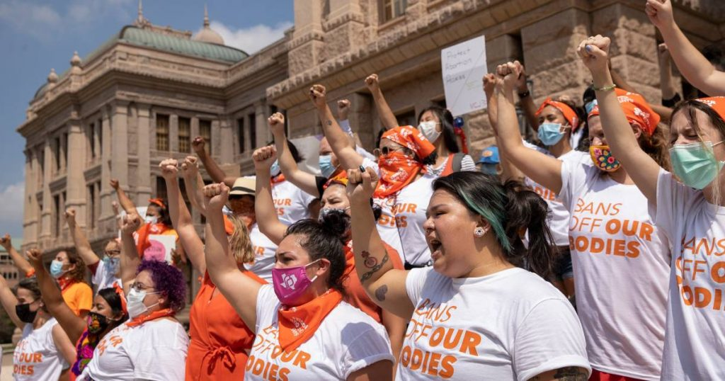 Judge blocks anti-abortion group from enforcing Texas abortion law    Abroad