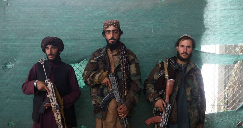 """Taliban hang bodies of """"kidnappers"""" in public    Abroad"""