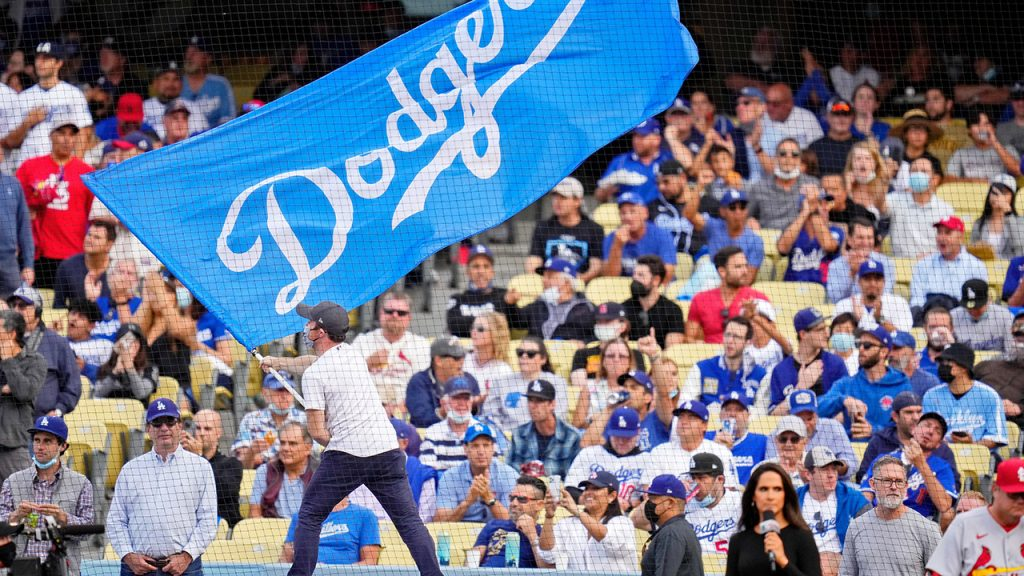 Dodgers-Cardinals play-off viewers were confused by fan outfit
