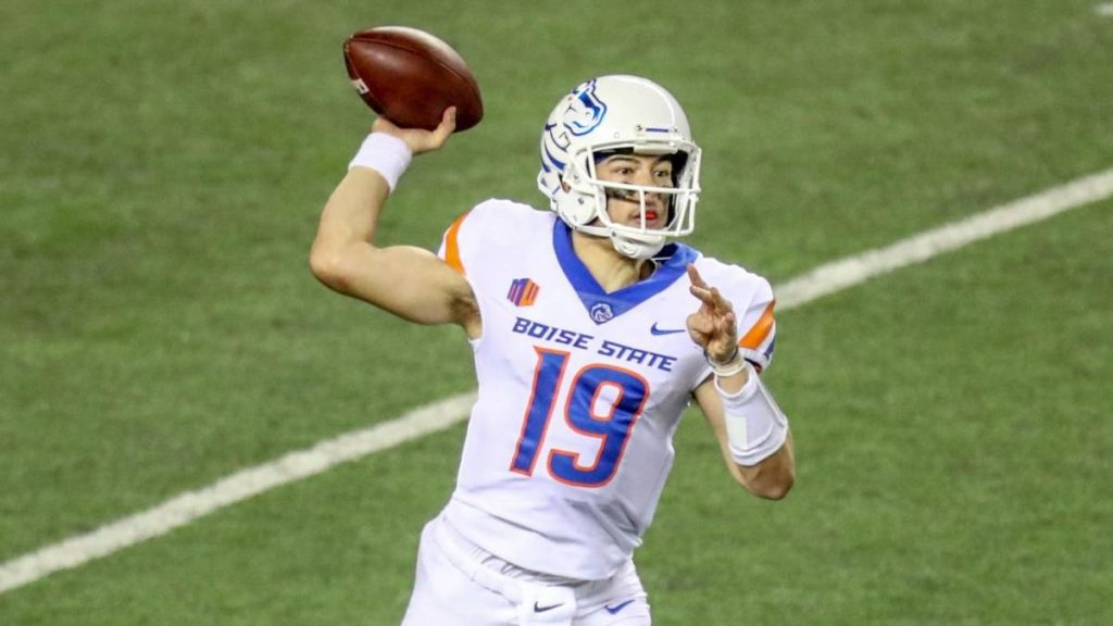 College football results, schedule, NCAA top 25 rankings, today's games: Boise State, BYU in action