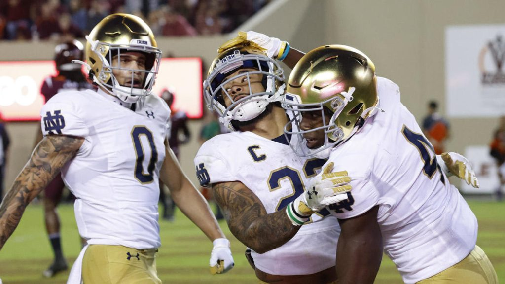 College football scores, rankings, highlights: Notre Dame back on the road, BP upset