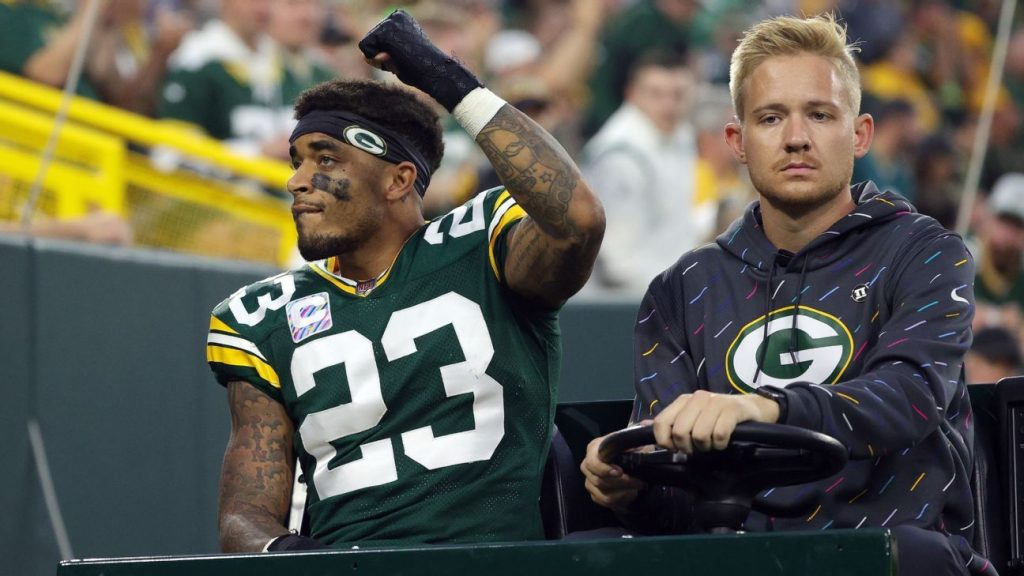 Sources - Green Bay Packers are awaiting a decision on whether CB star Jaire Alexander needs end-of-season surgery